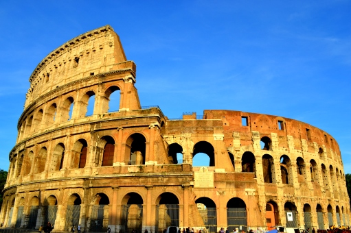 Colosseo - Wikimedia commons